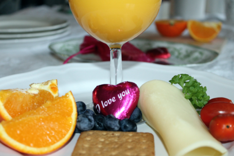 Foap-Vallentine_breakfast-830x553 - Copy